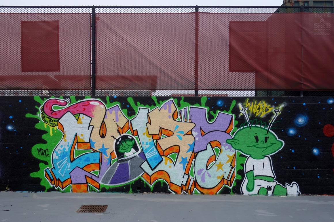 Cypher WOD graffiti crew