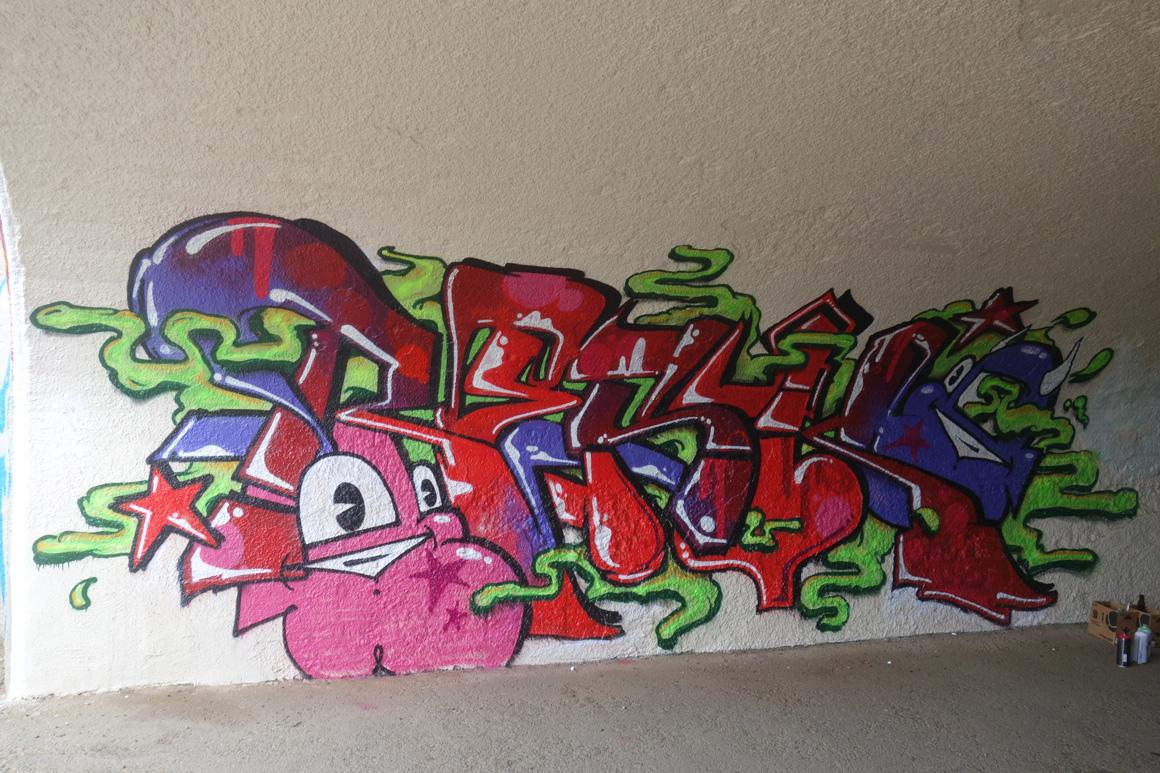 Resk DFM EMT graffiti   at Outside Lands Concert in Golden Gate Park in San Francisco
